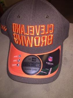 CLEVELAND BROWNS 39THIRTY SIDELINE ON-FIELD FLEX FITTED CAP