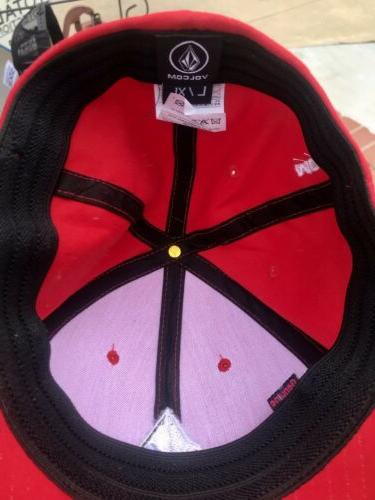MEN'S VOLCOM HAT FITTED HAT SIZE: