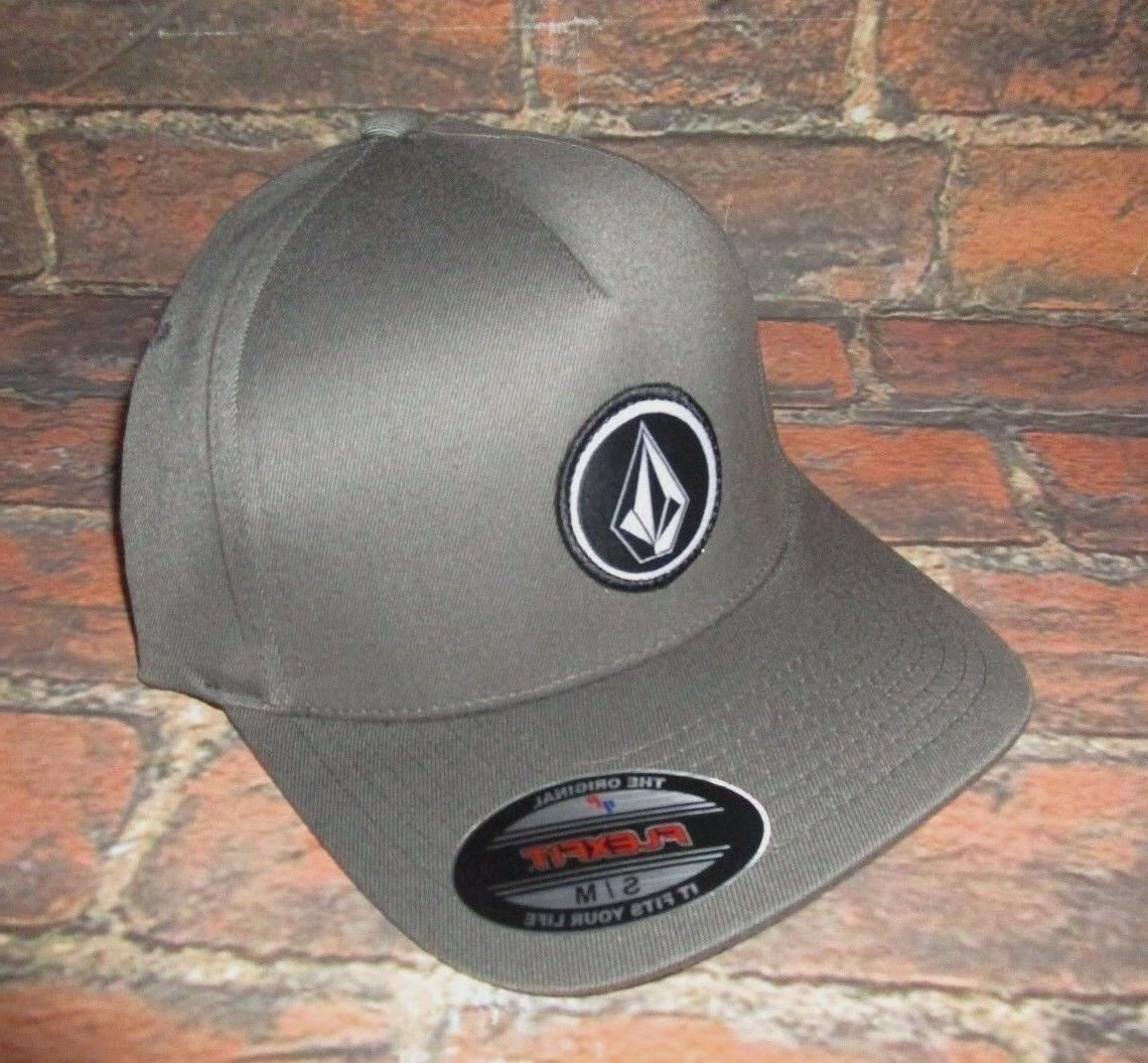 mens flexfit charcoal gray hat fitted cap