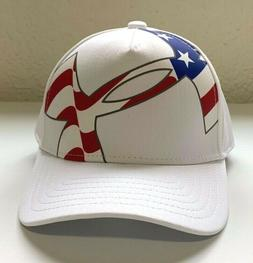 NWT BOYS UNDER ARMOUR WHITE AMERICAN LOGO BASEBALL CAP FITTE
